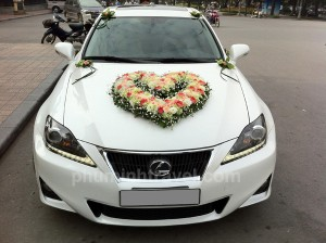 Xe cưới 4 chỗ Lexus