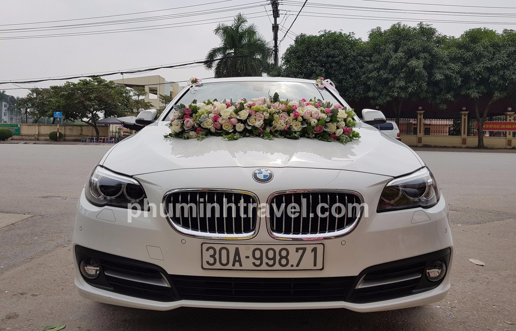 Cho thuê xe cưới BMV 520i 4 chỗ